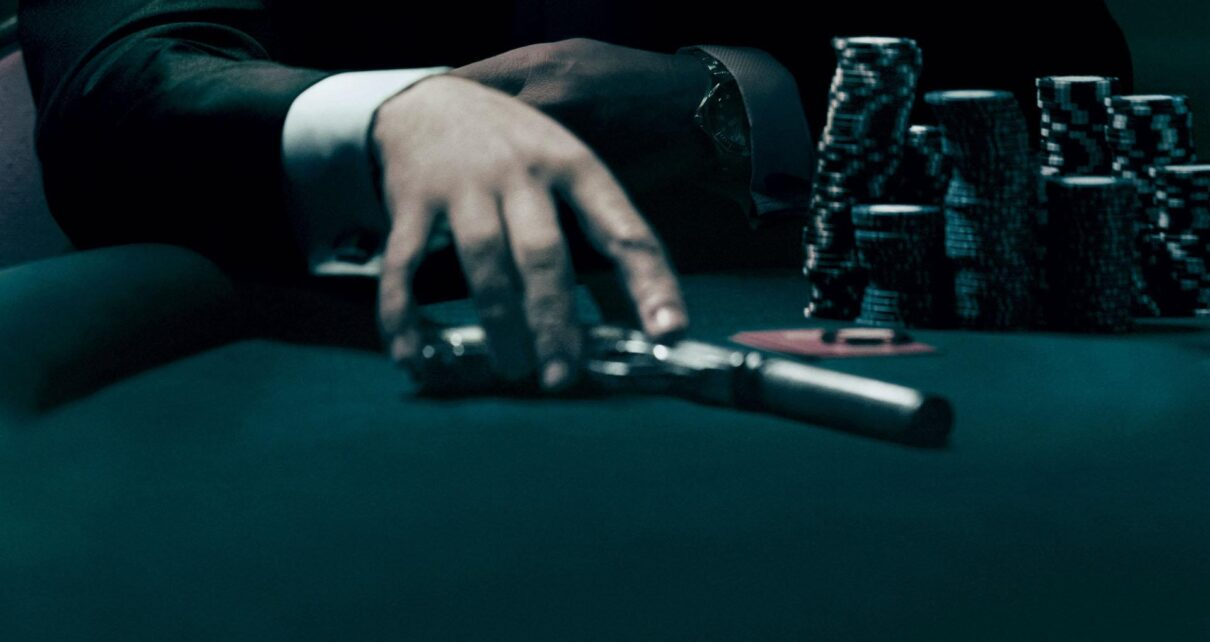 Online Casino Poker Play Gives Tournaments
