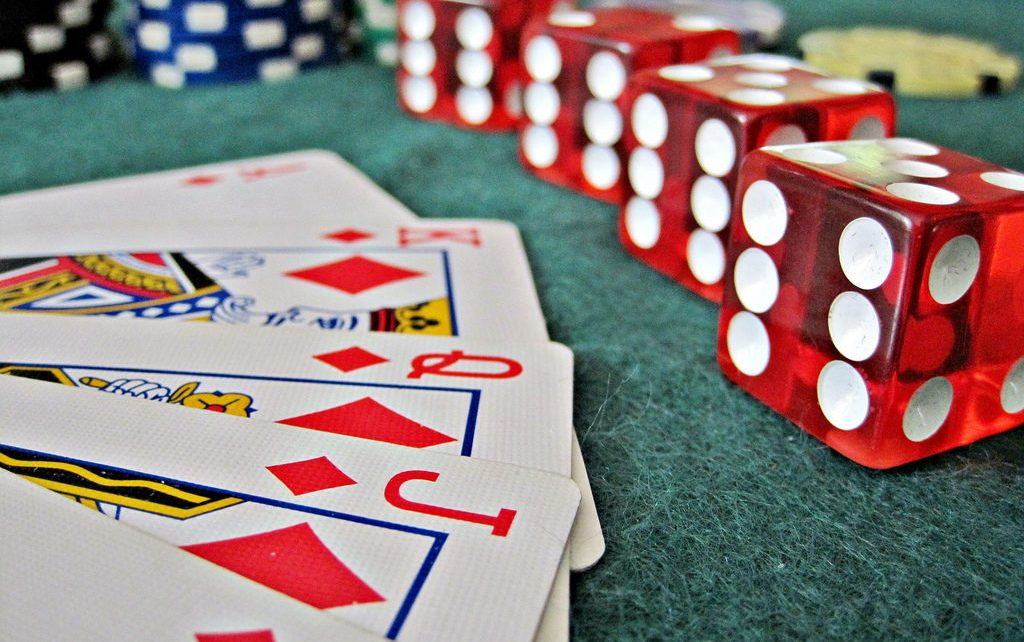 The Way To Grow Your Online Gambling Earnings